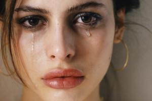 Sofrimentos difíceis surgem, é o passado cobrando